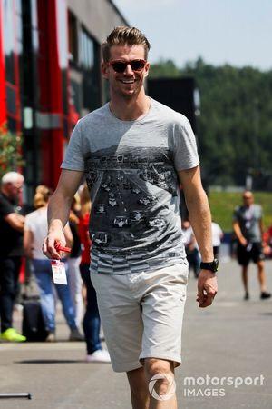 Nico Hulkenberg, Renault F1 Team dans le paddock