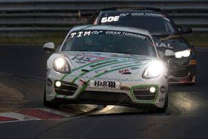 #145 KRS Krumbach Racing Service Porsche Cayman 981: André Krumbach, Henrik Bollerslev, Marco Timbal, Rasmus Helmich