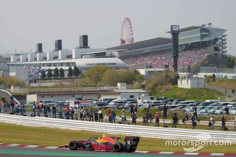 Y la respuesta no tardó en llegar. La Super Fórmula canceló la ronda que abría su temporada 2020 el 5 de abril se pospuso también por el COVID-19