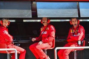 Le muret des stands Ferrari