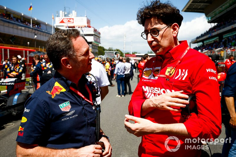 Christian Horner, Team Principal, Red Bull Racing, speaks with Mattia Binotto, Team Principal Ferrari