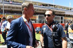 Presenter David Coulthard on the grid with Christian Horner, Team Principal, Red Bull Racing