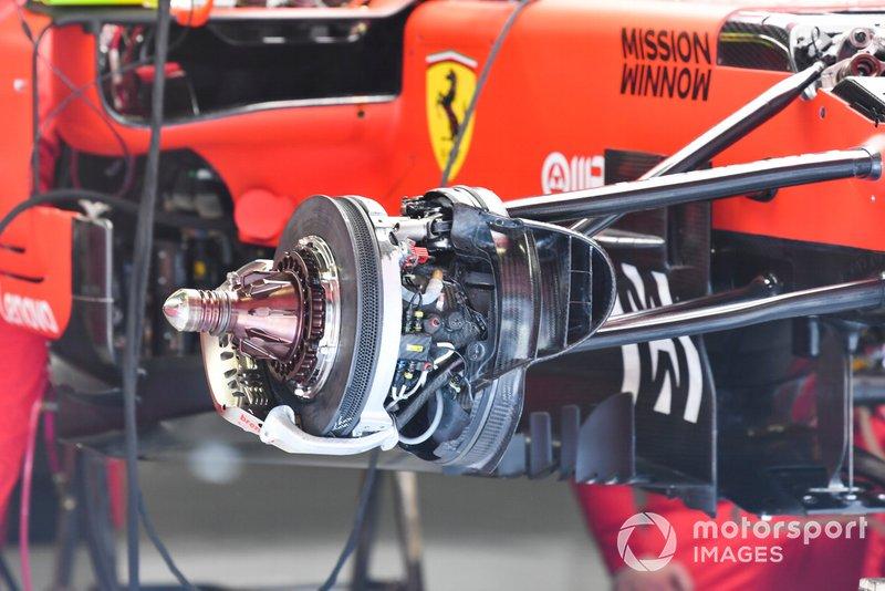 Un frein avant de la Ferrari SF90