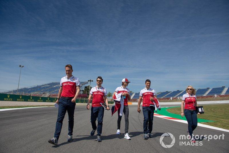 Antonio Giovinazzi, Alfa Romeo Racing fait un trackwalk