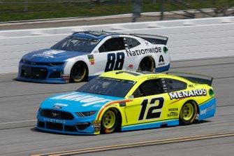 Ryan Blaney, Team Penske, Ford Mustang Menards/Knauf Alex Bowman, Hendrick Motorsports, Chevrolet Camaro Nationwide