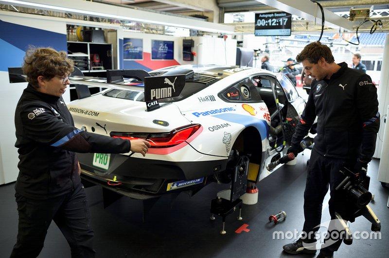 Preparação da BMW para as 24 horas de Le Mans