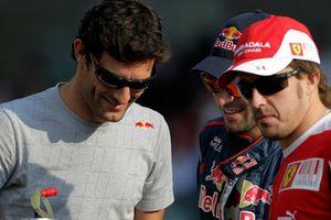 Марк Уэббер, Red Bull Racing, Хайме Альгерсуари, Toro Rosso, и Фернандо Алонсо, Ferrari
