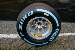 Gomme Pirelli