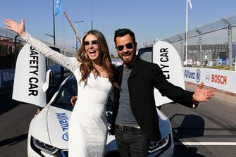 Actors Elizabeth Hurley, Justin Theroux with the Safety Car