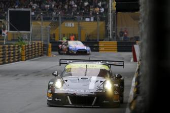 #991 Craft Bamboo Racing Porsche 911 GT3 R: Mathieu Jaminet
