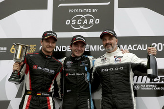 Podium: Race winner Frédéric Vervisch, Audi Sport Team Comtoyou Audi RS 3 LMS, second place Timo Scheider, ALL-INKL.COM Münnich Motorsport Honda Civic Type R TCR, third place Yvan Muller, YMR Hyundai i30 N TCR