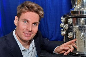 Will Power svela il Trofeo Borg Warner