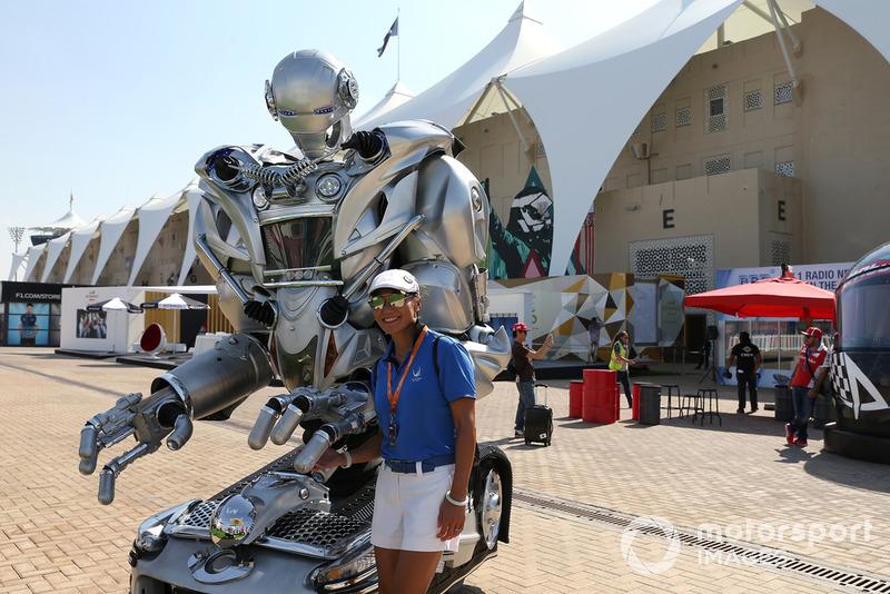 Fan y robot