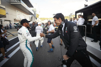 Lewis Hamilton, Mercedes AMG F1, with Toto Wolff, Mercedes AMG F1 Director of Motorsport