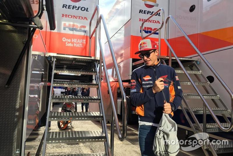 Marc Márquez arriving at Repsol Honda truck