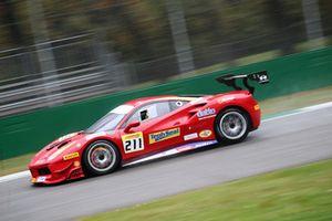 Ferrari 488 #211 Wide World Ferrari: Peter Ludwig