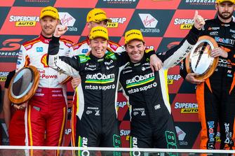 Podium: Craig Lowndes, Steven Richards, Triple Eight Race Engineering Holden