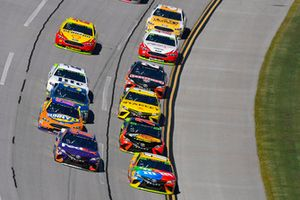 Denny Hamlin, Joe Gibbs Racing, Toyota Camry FedEx Ground and Kyle Busch, Joe Gibbs Racing, Toyota Camry M&M's