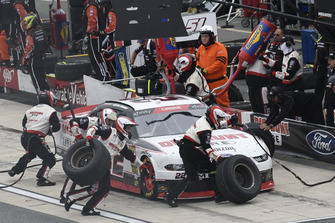 Austin Cindric, Team Penske, Ford Mustang Discount Tire, makes a pit stop.