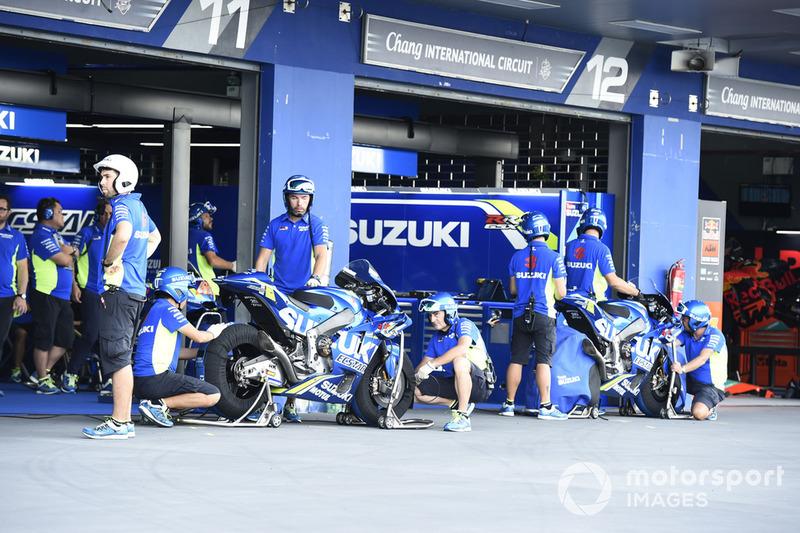 Suzuki garaje