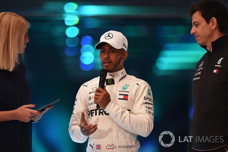 Lewis Hamilton, Mercedes AMG F1, Toto Wolff, Mercedes AMG F1