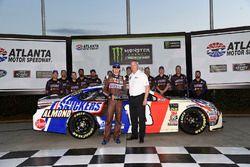 Kyle Busch, Joe Gibbs Racing Toyota, gana la pole en Atlanta