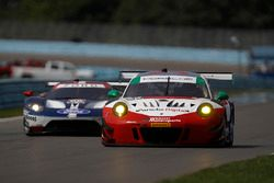 #58 Wright Motorsports Porsche 911 GT3 R, GTD: Patrick Long, Christina Nielsen, Robert Renauer, #66 Chip Ganassi Racing Ford GT, GTLM: Dirk Müller, Joey Hand