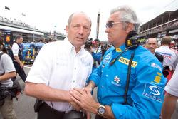 Ронн Деннис, McLaren Mercedes, и Флавио Бриаторе, Renault F1 Team
