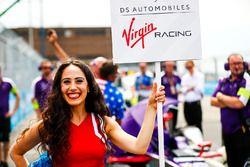 La Grid Girl de Sam Bird, DS Virgin Racing
