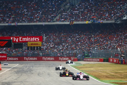 Esteban Ocon, Force India VJM11, leads Daniel Ricciardo, Red Bull Racing RB14