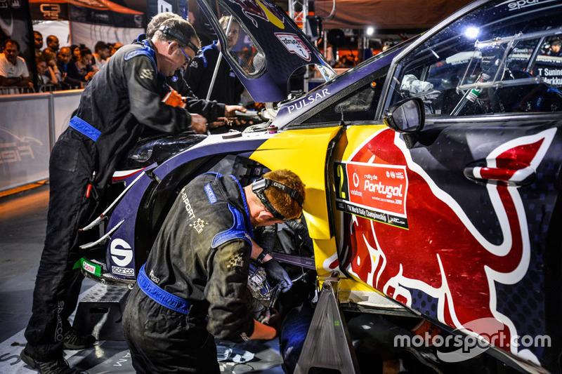 M-Sport mechanics at work