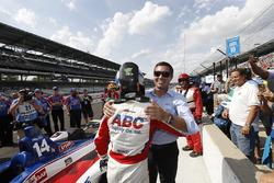 Tony Kanaan, A.J. Foyt Enterprises Chevrolet, mit Larry Foyt