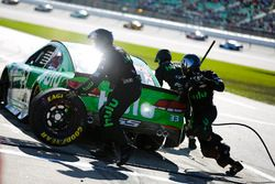 Jeffrey Earnhardt, Circle Sport – The Motorsports Group Chevrolet pit stop