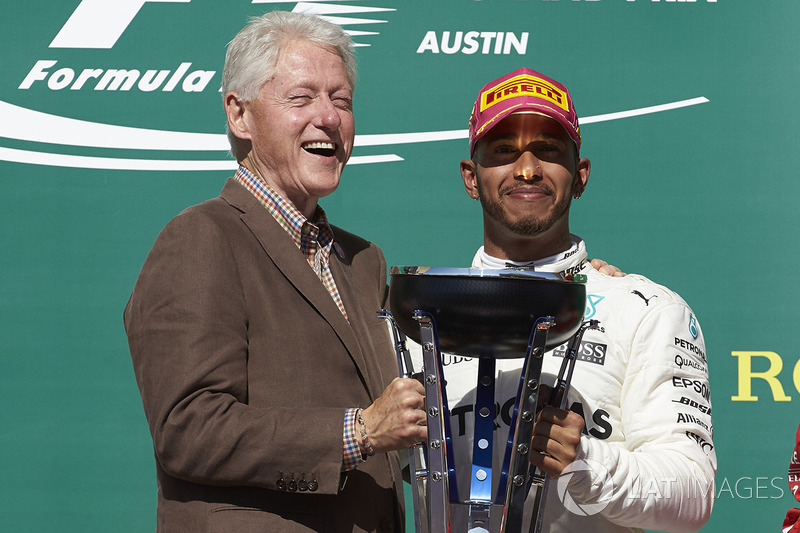 Bill Clinton y Lewis Hamilton, Mercedes AMG F1