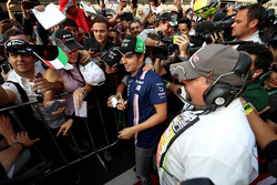 Sergio Perez, Sahara Force India meets the fans at the autograph session