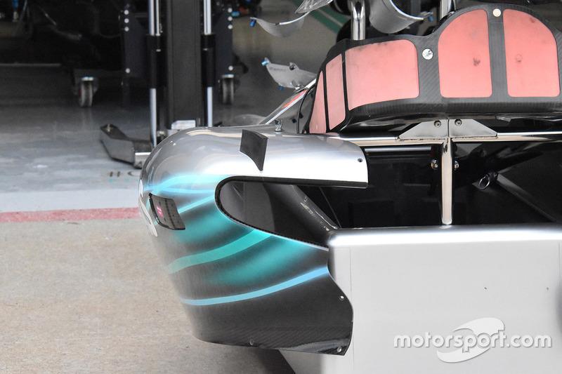 Mercedes AMG F1 W09 sidepod detail