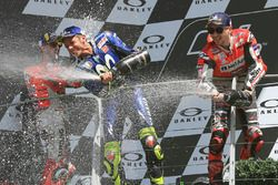 Podium: race winner Jorge Lorenzo, Ducati Team, thrid place Valentino Rossi, Yamaha Factory Racing