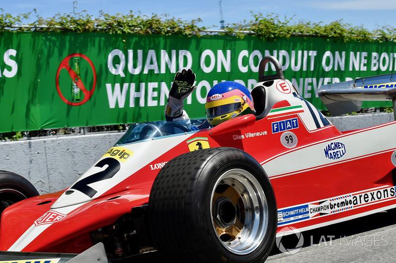Jacques Villeneuve, pilota el Ferrari 312T3 con el que su padre Gilles Villeneuve ganó el GP de Canadá de 1978