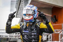 Winnaar Victor Martins, R-Ace GP