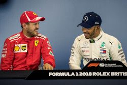 Sebastian Vettel, Ferrari en Lewis Hamilton, Mercedes-AMG F1 in de persconferentie
