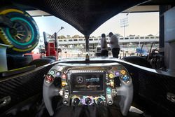 Le cockpit de la Mercedes AMG F1 W09