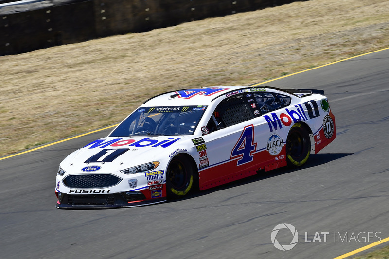 6. Kevin Harvick, Stewart-Haas Racing, Ford Fusion Mobil 1