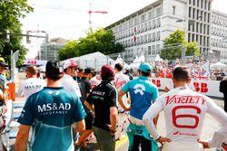 Jose Maria Lopez, Dragon Racing, Antonio Felix da Costa, Andretti Formula E Team, wait to join the drivers parade