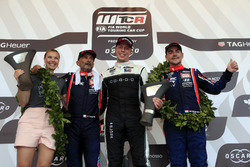 Podium: Race winner Thed Björk, YMR Hyundai i30 N TCR, second place Gabriele Tarquini, BRC Racing Team Hyundai i30 N TCR, third place Norbert Michelisz, BRC Racing Team Hyundai i30 N TCR