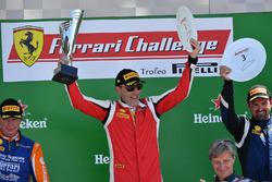 James Camp, Scuderia Corsa - Ferrari South Bay, festeggia sul podio