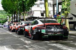 Автомобиль Porsche 911 RSR (№93) команды Porsche GT Team