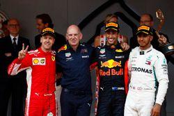 Race winner Daniel Ricciardo, Red Bull Racing, Adrian Newey, Chief Technical Officer, Red Bull Racing, second place Sebastian Vettel, Ferrari, third place Lewis Hamilton, Mercedes AMG F1, on the podium