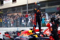 Daniel Ricciardo, Red Bull Racing, celebra