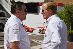 Zak Brown, directeur exécutif du McLaren Technology Group, et Danny Sullivan