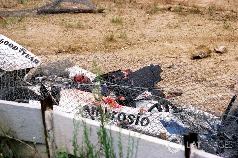 Закривавлений Shadow DN8 Тома Прайса після фатального інциденту
